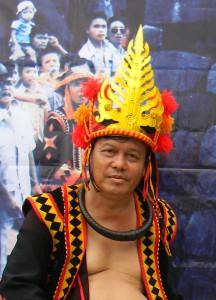 Hikayat Manao pada Pagelaran Budaya Bawomataluo, 13-15 Mei 2011 | Etis Nehe