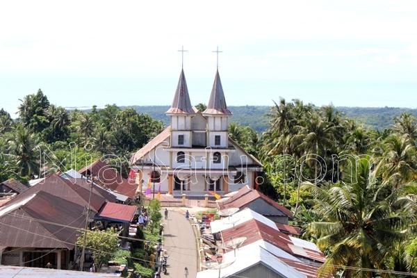 Gereja BKPN Bawomataluo, tempat deklarasi pembentukan BKPN pada 17 Mei 1994 | Etis Nehe