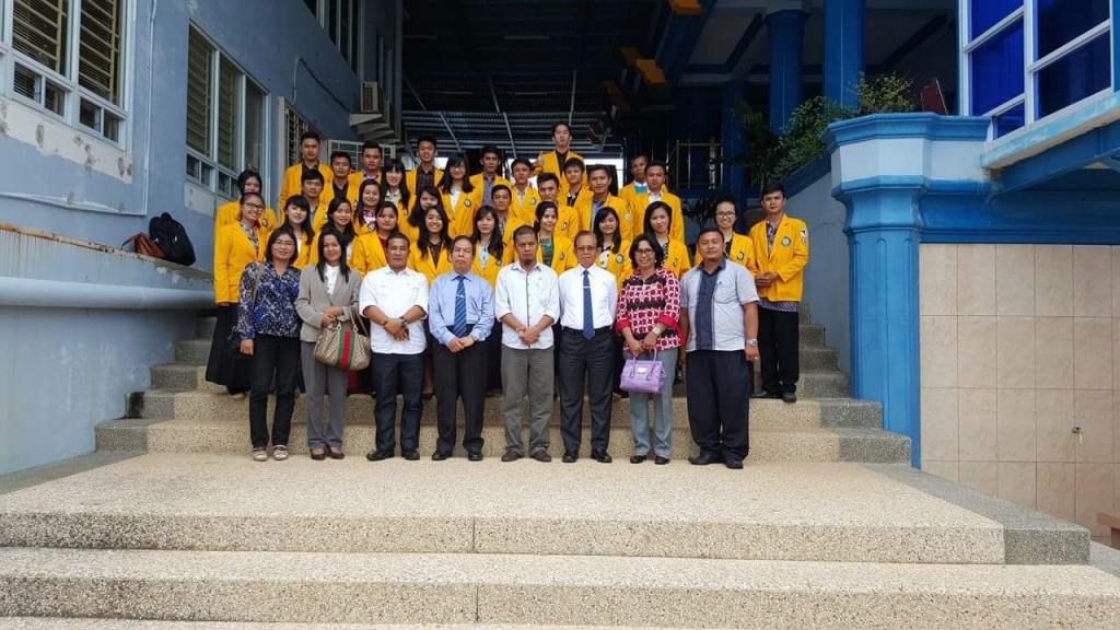 Tim Komisi B DPRD Nias Selatan bersama para mahasiswa/i asal Nias Selatan yang dibeasiswakan oleh Pemda Nias Selatan di Universitas Batam | Kariaman Maduwu