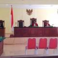 Suasana persidangan di PN Gunungsitoli | PK