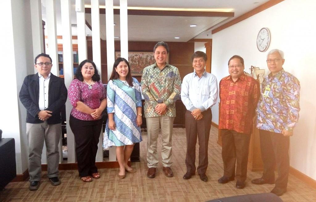 Pertemuan antara Bupati Nias Selatan Hilarius Duha dengan Dirjen Kebudayaan Hilmar Farid di kantor Kemendikbud, Jakarta, 25 Januari 2017 | Dok. Anggreani Dachi